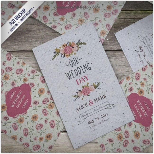 Floral wedding invitation mockup Free Psd