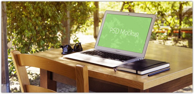MacBook Air Mockup #4