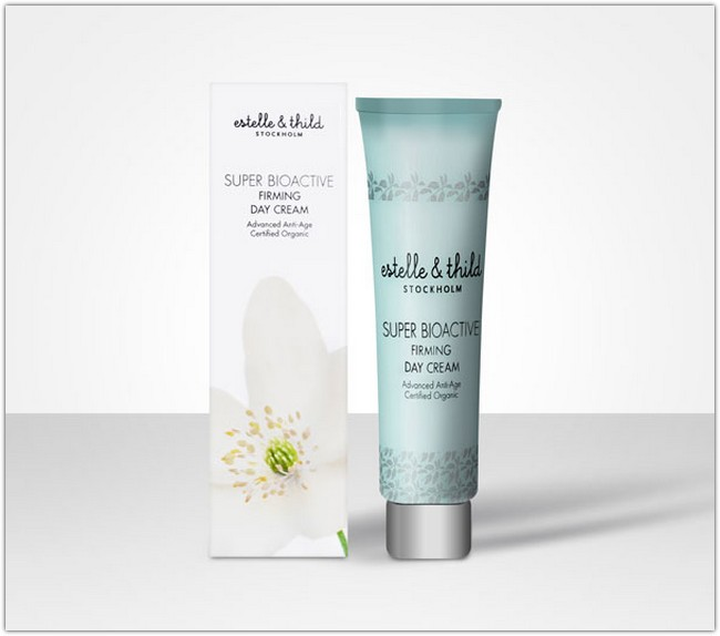 Skin Care Cream Packaging Mockup PSD