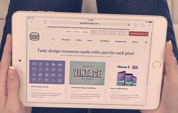 iPad Mini 3 Photo MockUp