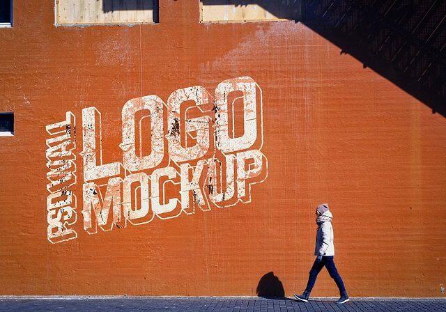 Logo Mockup PSD Street Wall