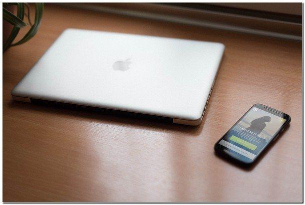 Smartphone & Notebook PSD Mockups