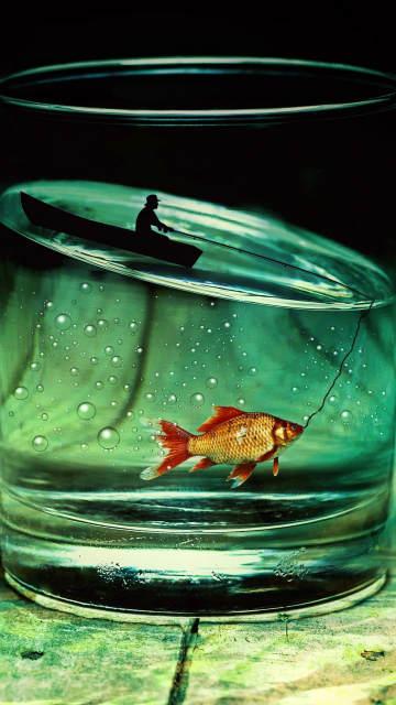 iphone-glass-fish-fisherman-photoshop