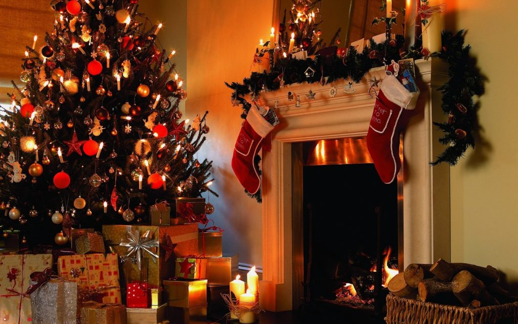 Christmas Indoor Decor wallpaper-46514313