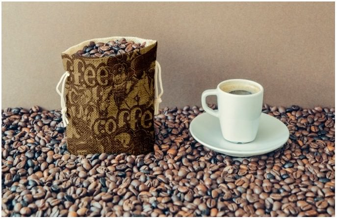 Bag of Coffee Beans And Cup Free Psd