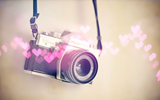 Lovely-Camera-Wallpaper-1920 × 1200