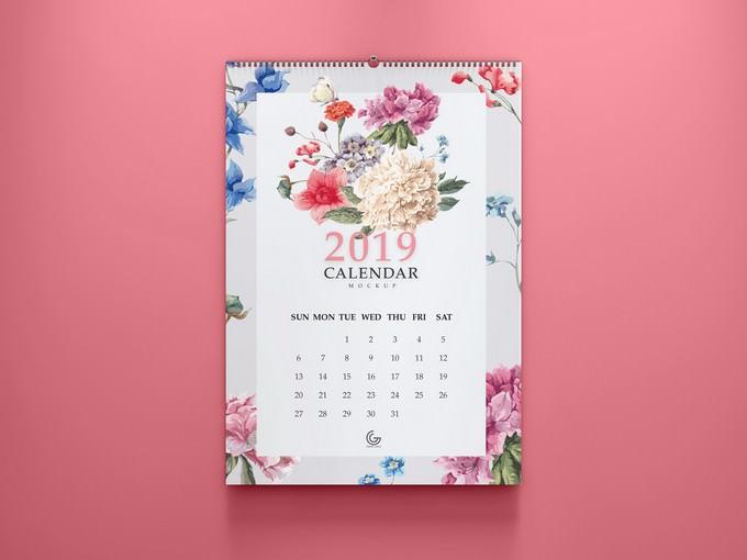 2019 Calendar Mockup PSD Free