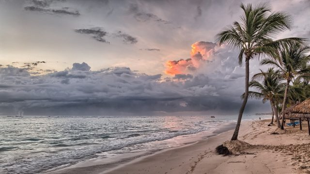 Sunset beach Background 1280 × 719