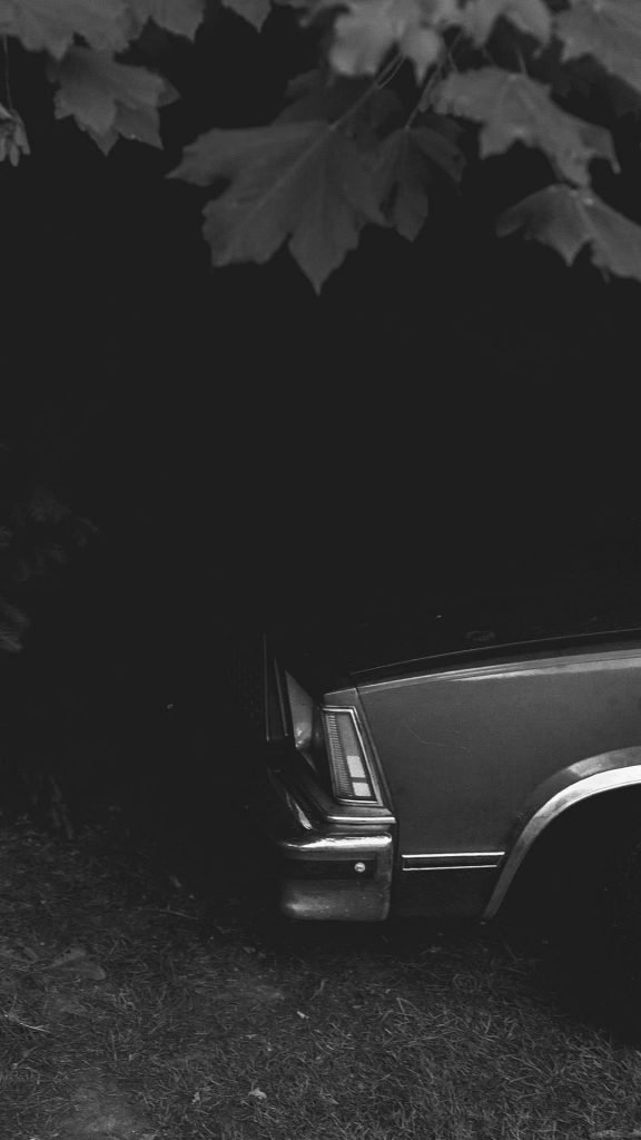 black and white Vintage Car 1080×1920