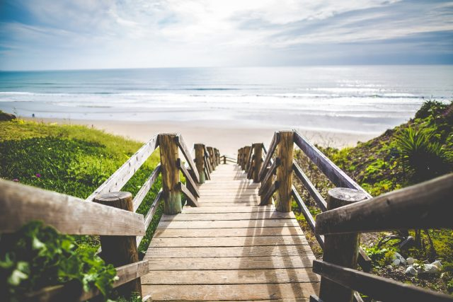 Steps To Beach Background 00124- 1200 × 800