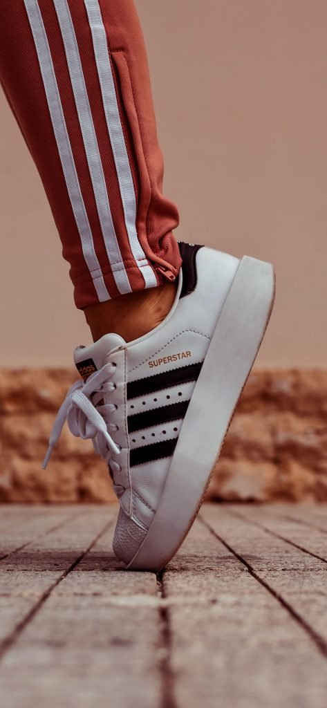 Adidas Superstar iPhone XS Wallpapers-0003-1125 × 2436