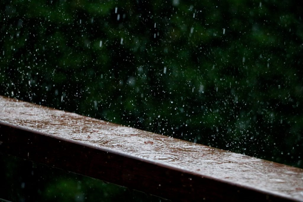 HD Falling Wallpapers Rainfall-008-1950 × 1300