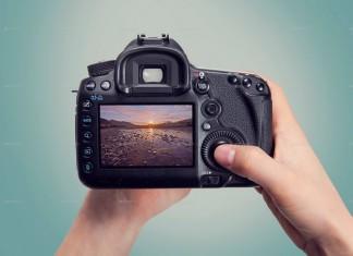 Photorealistic DSLR Camera Mock Up