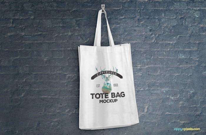 Hang on Wall Tote Bag PSD Mockups