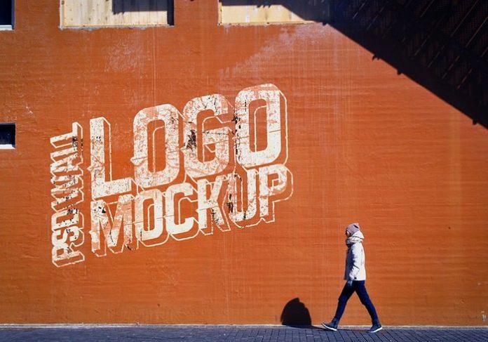 Realistic PSD Logo Mockup On Street Wall
